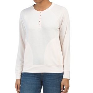 Snap tab pullover top